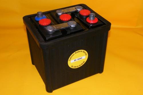 langzeit oldtimer batterie 6v 77ah autobatterie. Black Bedroom Furniture Sets. Home Design Ideas